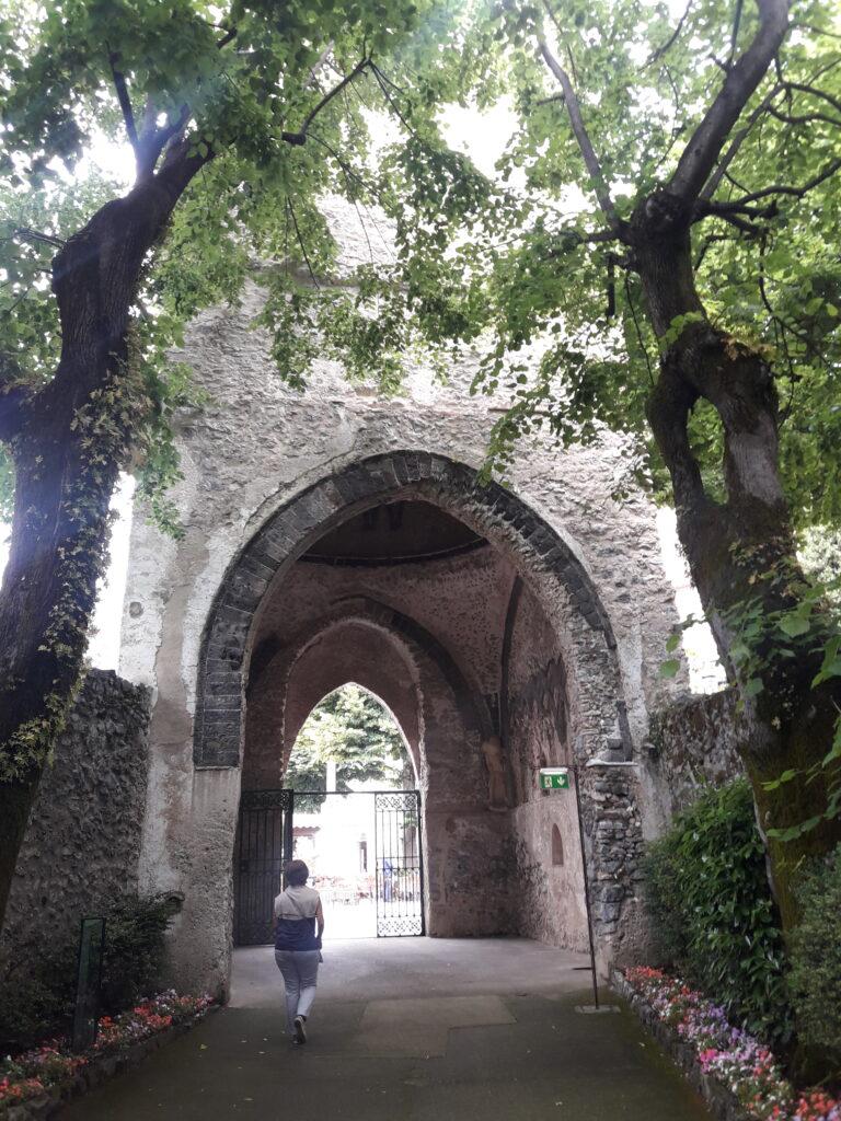 portale d'ingresso di villa rufolo