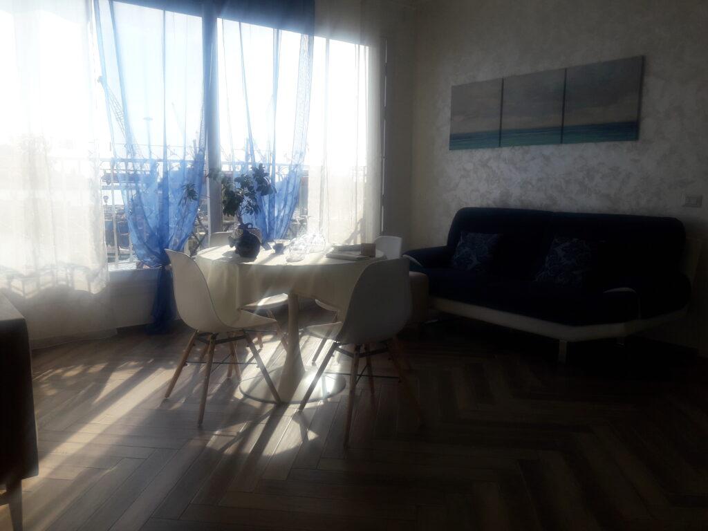 salotto blu infinito